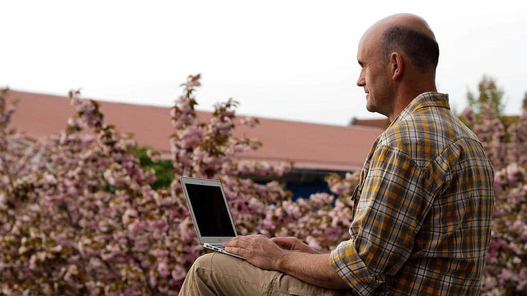 Arbeiten unterwegs online