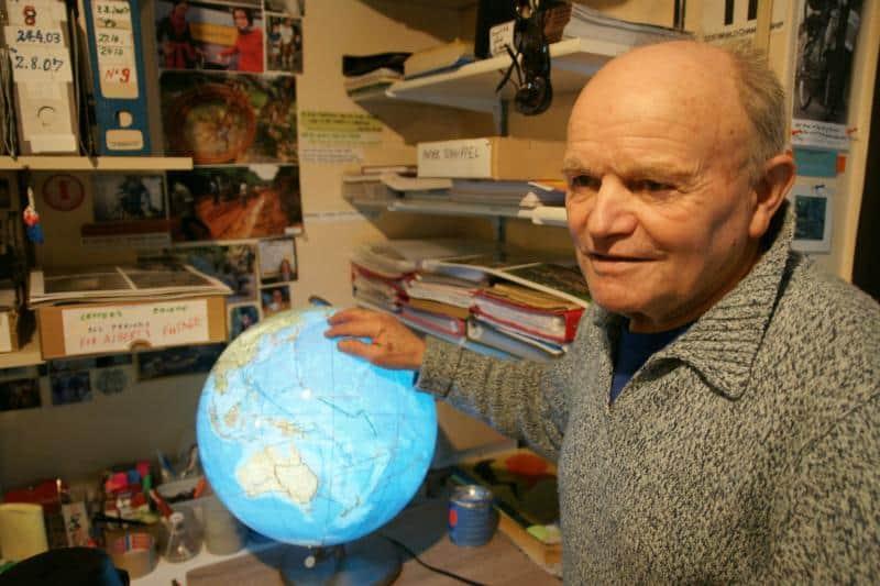 Heinz mit Globus